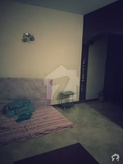 شادمان ون لاہور میں 1 کمرے کا 10 مرلہ کمرہ 15 ہزار میں کرایہ پر دستیاب ہے۔
