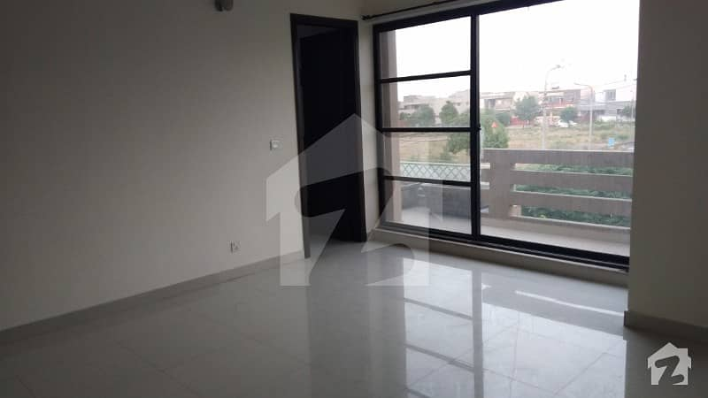 DHA Phase 8 Air Avenue - 1 Kanal Upper Portion For Rent