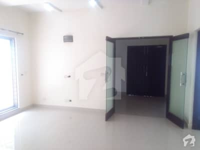 12 Marla Slightly Used House Available For Sale at Very Premium Location in Askari 3 Lhr