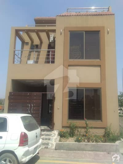 The Best House For Living Purpose Opposite Sukh Chayn Garden