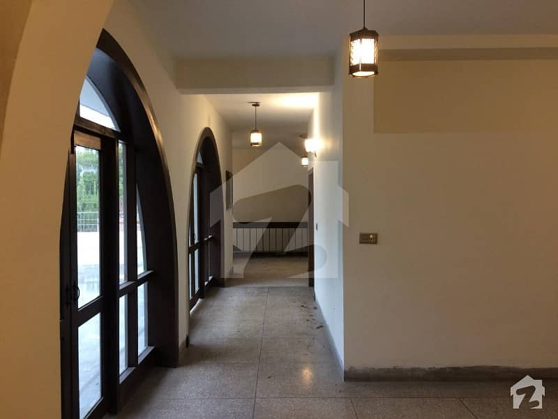 Cantt One Kanal Upper Portion Separate Gate For Rent