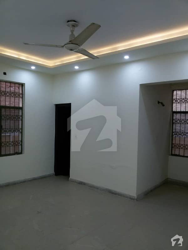 E14  Nadirabad   Cantt  Lahore Commercial House Is Available For Rent