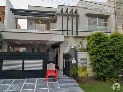 10 Marla Brand New Mazhar Munir Luxury House For Sale In State Life Near to Park