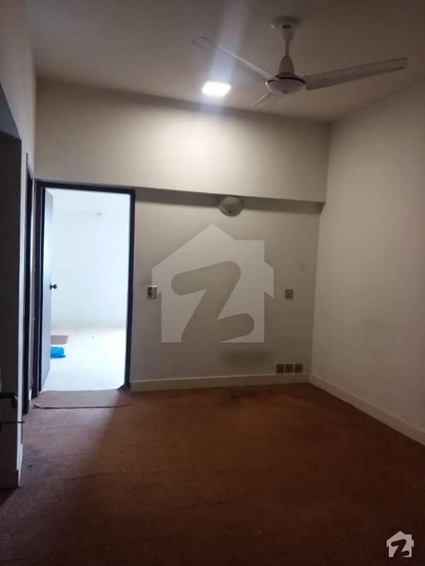 ڈیفنس ریزیڈینسی ڈی ایچ اے ڈیفینس فیز 2 ڈی ایچ اے ڈیفینس اسلام آباد میں 2 کمروں کا 4 مرلہ فلیٹ 39 لاکھ میں برائے فروخت۔