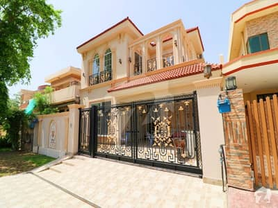 10 Marla Brand New Spanish Design Luxury Style Bungalow For Rent With AC Facing park