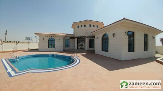 2000 Sq Yd Luxury Farm House For Sale