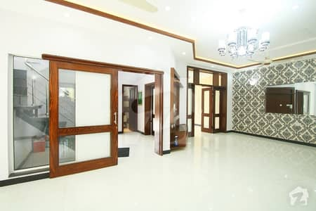 10 Marla Brand New Luxury Bungalow In Dha Phase 8