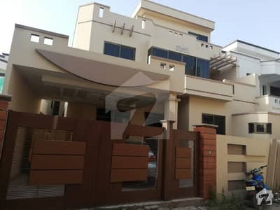 10 Marla Newly Build House Available For Rent