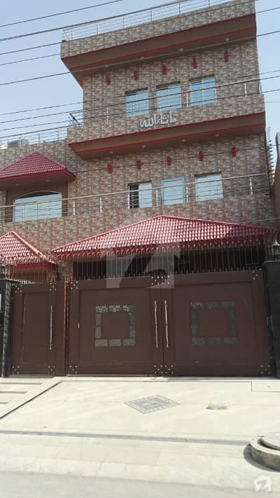 13 Marla 3-bedroom's Upper Portion For Rent In Paf Officer Colony Lahore Cantt