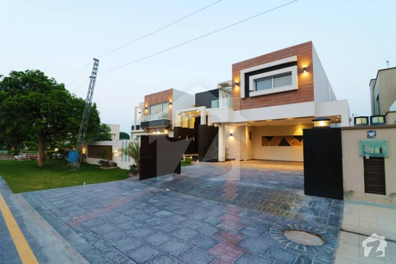 Near Airport Fully Furnished 2 Kanal House With 7 Bedrooms Is For Sale
