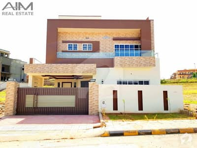 Amazing 10 Marla High Quality House