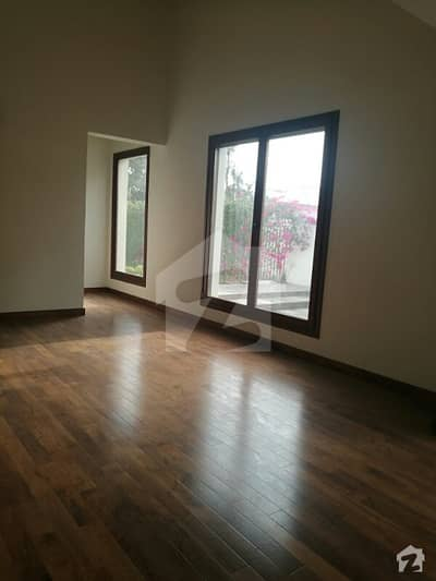 480 Sq Ft Clifton Block 3 Bungalow Room Commercial Use Best For Office