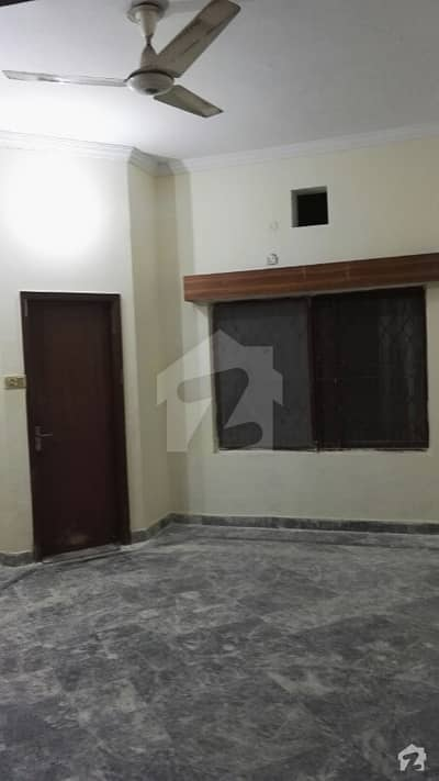 10 Marla 3 Bedrooms Upper Portion For Rent In Paf Officers Colony Zarrar Shaheed Rd Lhr Cantt