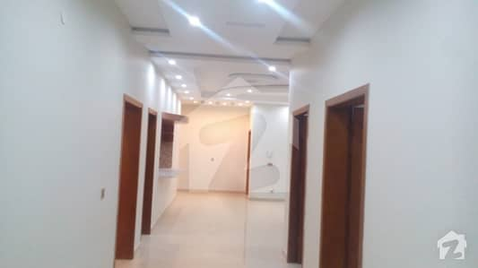 Original Pic 1 Kanal Upper Portion 3 Bed D/D T. v Lounge Separate Gate For Rent