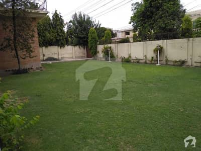 2 Kanal Corner Double Storey House Available For Sale
