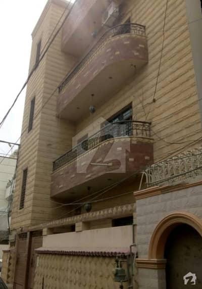 گلشن اقبال - بلاک 13 / D-2 گلشنِ اقبال گلشنِ اقبال ٹاؤن کراچی میں 3 کمروں کا 8 مرلہ زیریں پورشن 1.7 کروڑ میں برائے فروخت۔