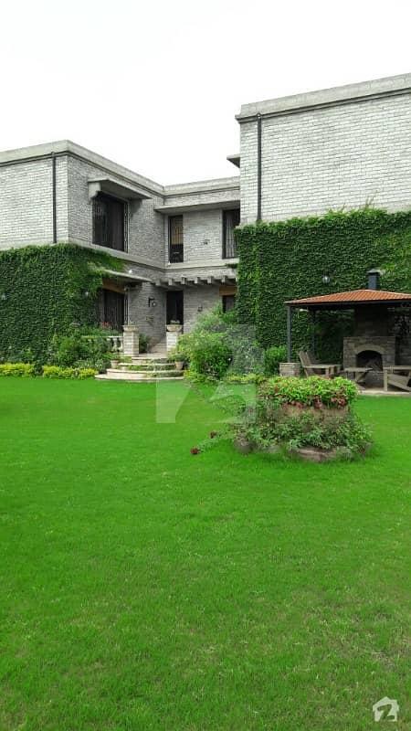 Superb Exclusive Creative 5 Kanal Farm House For Sale In Naval Farms Housing Scheme