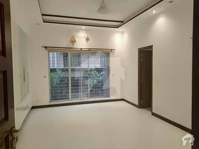1 Kanal Luxury Bungalow For Rent In Dha Phase 4