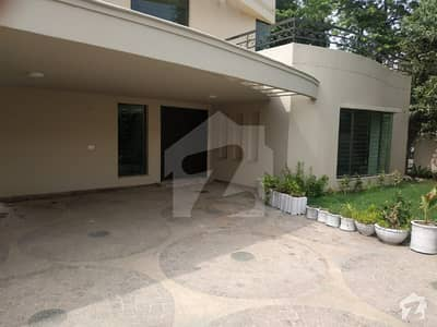 Dha Kanal Outclassed Beautiful Luxury Bungalow  Available For Rent In Phase 4