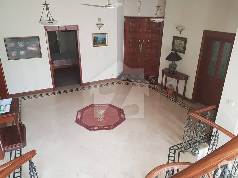 60x90 600 Sq Yards Triple Story 1 Unit House Urgent Sale In Investor Price