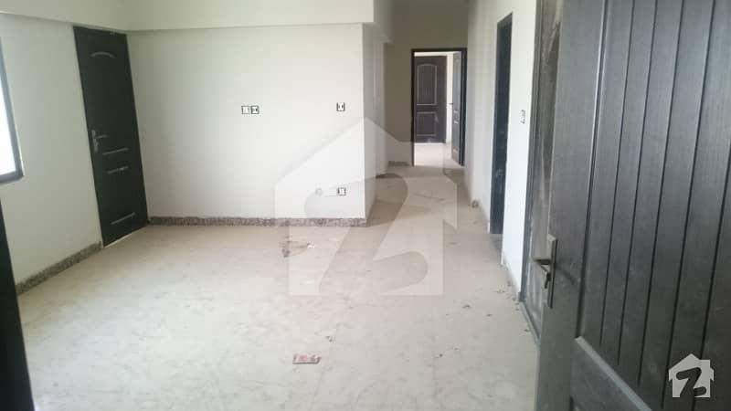 عائشہ منزل کراچی میں 3 کمروں کا 6 مرلہ فلیٹ 1.3 کروڑ میں برائے فروخت۔