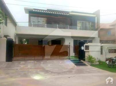 Original Pictures Attached 1kanal Strait Line Full Furnished With Full Basement Top Class Bungalow Near To McDonald Sheba Park Mosque Phase 3 Dha Lahore