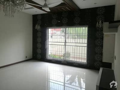 1kanal  Bungalow available for Rent  in DHA Phase  4 HH  Block