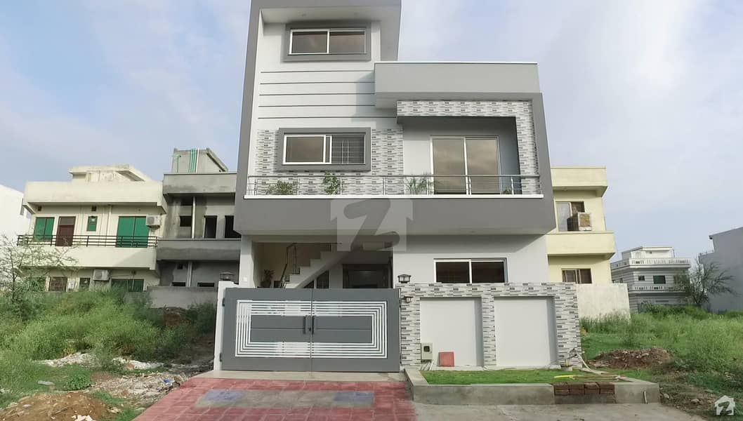 Beautiful House Is Available For Sale In D-12/1