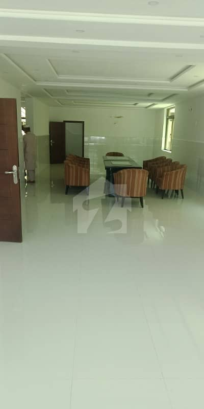 Gulberg 1. 5 Kanal House For A Silent Office Use Is Available On Rent