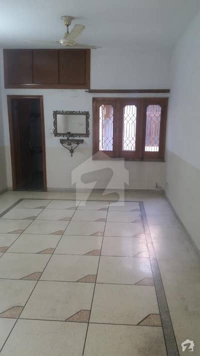 10 Marla Lower Portion Is Available For Rent With Separate Gate Ideal Location