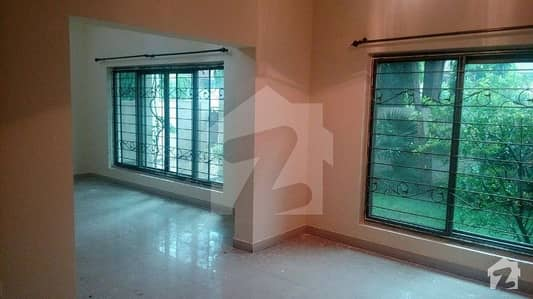 10 Marla House For Rent In Main Cantt