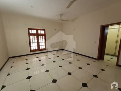 1 Kanal Lower Portion For Rent in DHA Phase 3