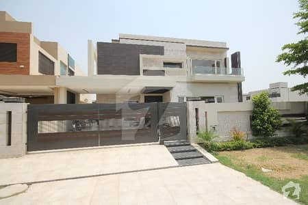1 kanal beautiful house in state life D Block