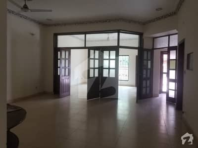 10 Marla Lower Portion In Good Condition For Rent In Wapda Town Phase 1