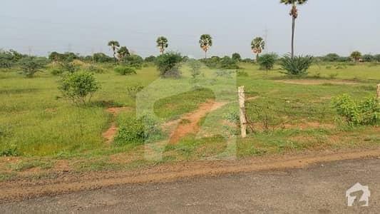 جھنگ گوجرہ روڈ گوجرہ میں 640 کنال زرعی زمین 20 کروڑ میں برائے فروخت۔