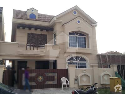 Designer Garden House For Sale In  Bahria Town Phase 8 - Block D