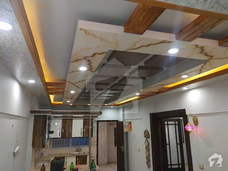 کلفٹن ۔ بلاک 2 کلفٹن کراچی میں 3 کمروں کا 7 مرلہ فلیٹ 2.25 کروڑ میں برائے فروخت۔
