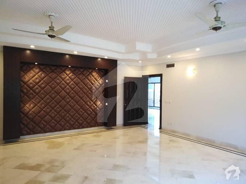 Syed Brothers Offer 2 Kanal New Beautiful And Luxury Huge Upper Portion For Rent