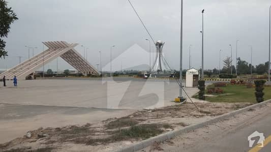 28 Kanal Commercial Land Available For Sale At Sahianwala Interchange Main Expressway Road Faisalabad
