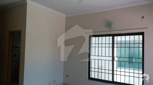 Full House Available For Rent In Dha Defence Phase 1