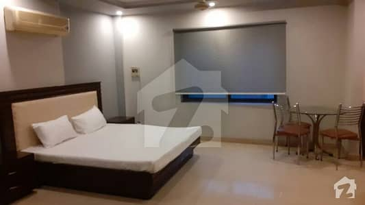 کینٹ لاہور میں 1 کمرے کا 1 کنال کمرہ 32 ہزار میں کرایہ پر دستیاب ہے۔