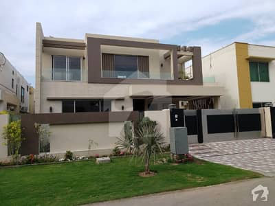 One Kanal Used But Solid Constructed House For Sale
