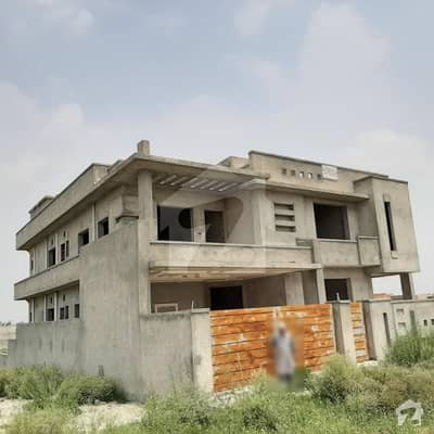 60x90  Structure Hosue For Sale