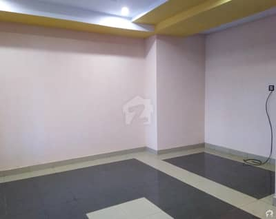 1.5 Marla Flat For Rent In Qureshi Arched Plaza Khushab Road
