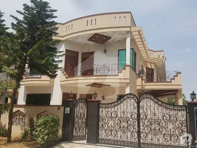 5 Bed 1 Kanal Bungalow For Sale At Hot Location Of G 11