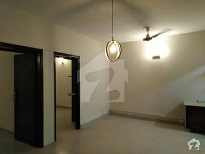 Flat Available For Rent In Ittehad Commercial
