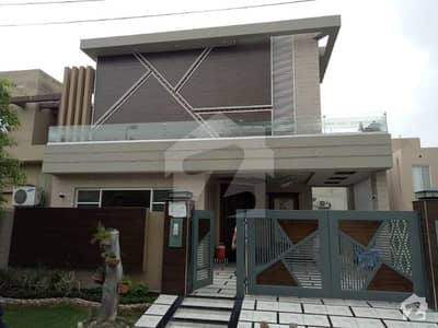 10 Marla Facing Park Luxury Bungalow For Sale In Air Avenue Hot Location