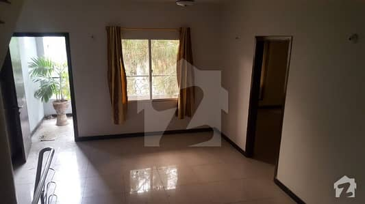 Brand New Town House 200 Sq Yards Basement Ground And 1st Floor With 5 Bed Rooms And DD