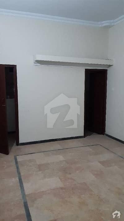 گلشنِ اقبال - بلاک 13 جی گلشنِ اقبال گلشنِ اقبال ٹاؤن کراچی میں 2 کمروں کا 3 مرلہ بالائی پورشن 38 لاکھ میں برائے فروخت۔