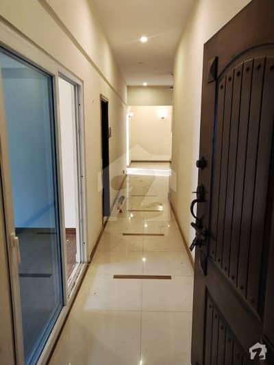 خیابان اتحاد روڈ کراچی میں 3 کمروں کا 8 مرلہ فلیٹ 70 ہزار میں کرایہ پر دستیاب ہے۔